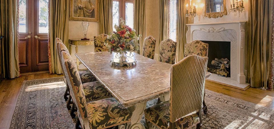Pickwick Antiques · Furniture · Accessories · Paintings