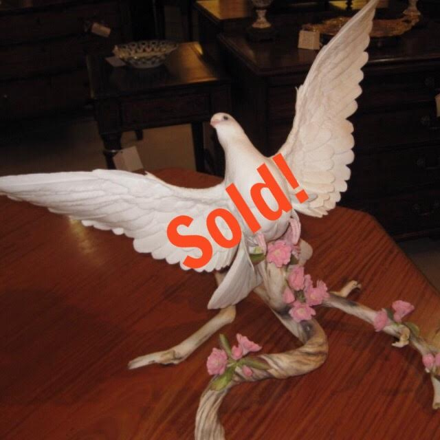 Boehm Porcelain White Dove With Cherry Blossoms