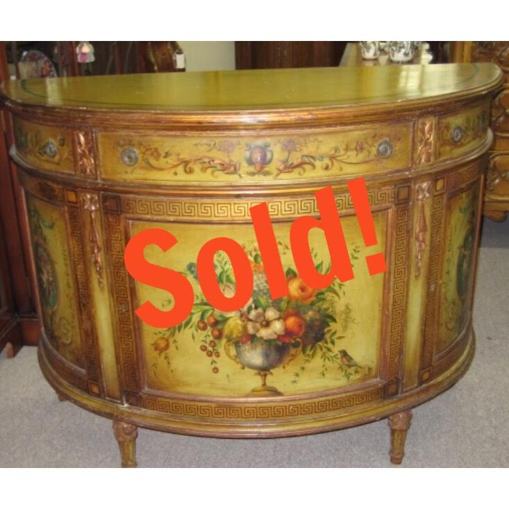Exceptional Demilune Commode