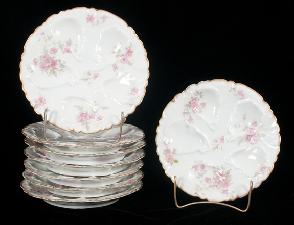 Set of 8 Limoges China Oyster Plates