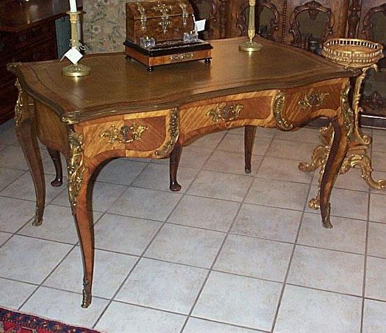 Fine Louis XV Walnut Bureau Plat