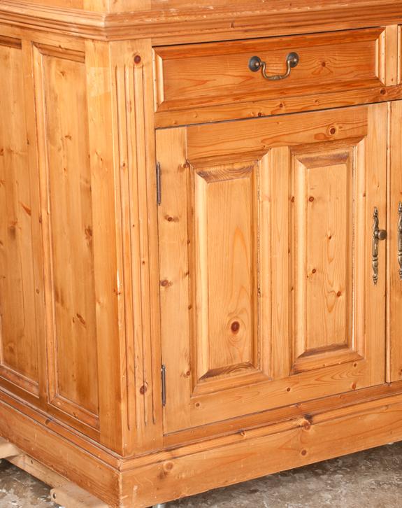 Country Pine Linen Press