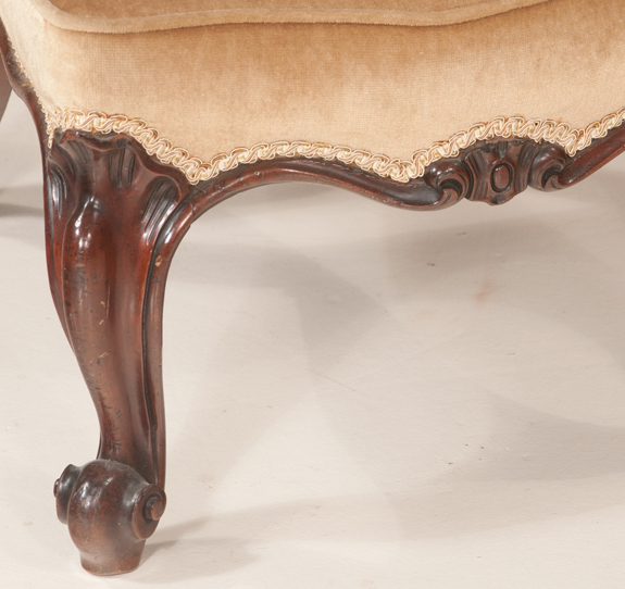 Country French Mahogany Prei Dieu
