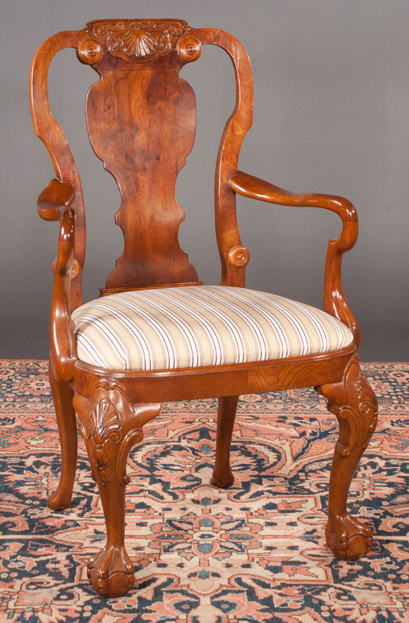 Set Of 12 Georgian Design Walnut Dining Chairs