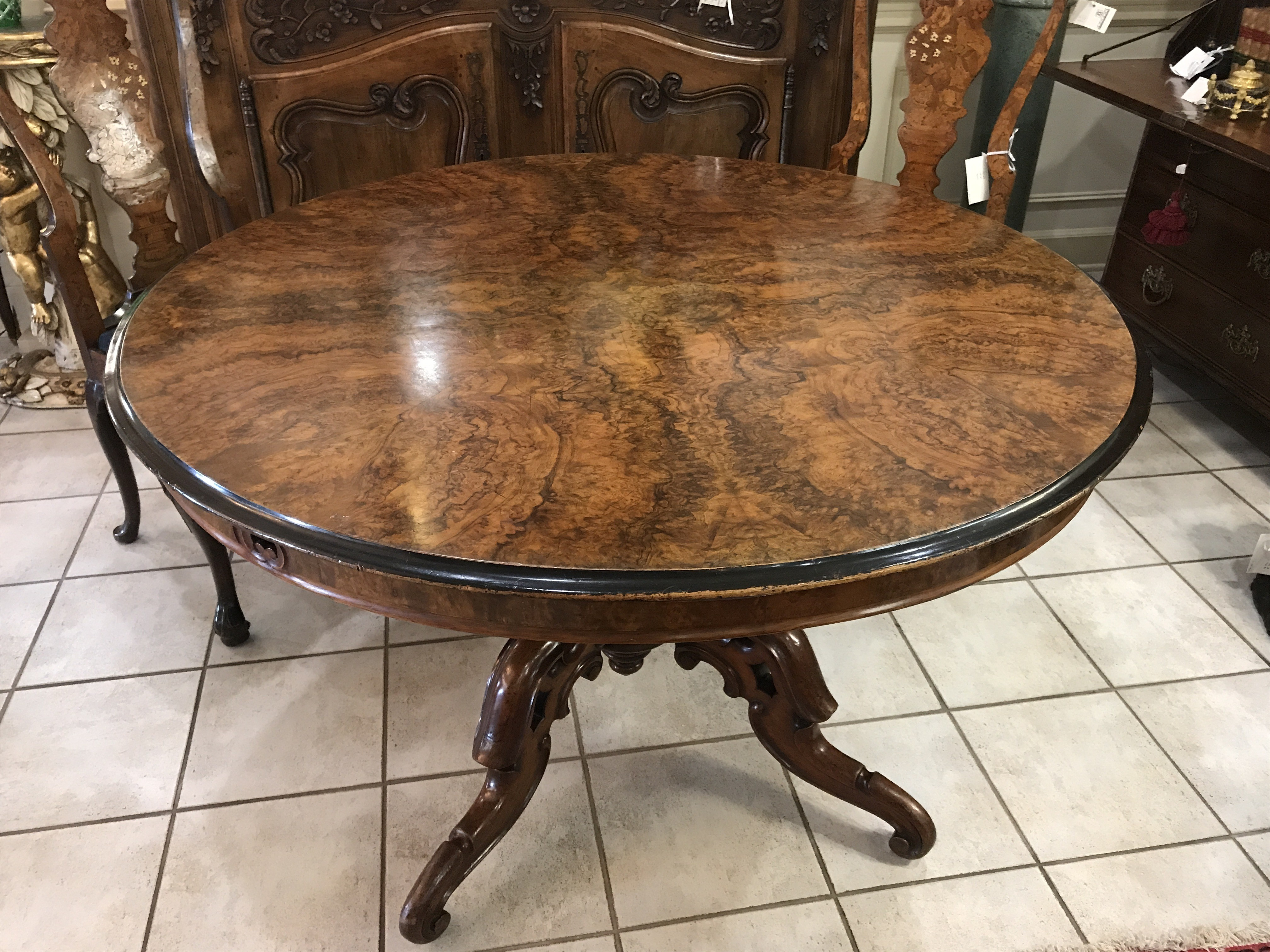 English Regency Walnut Circular Centre Table