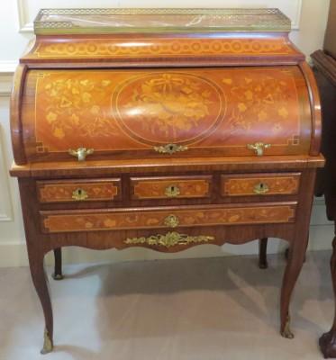 Louis XV Bureau A Cylindre
