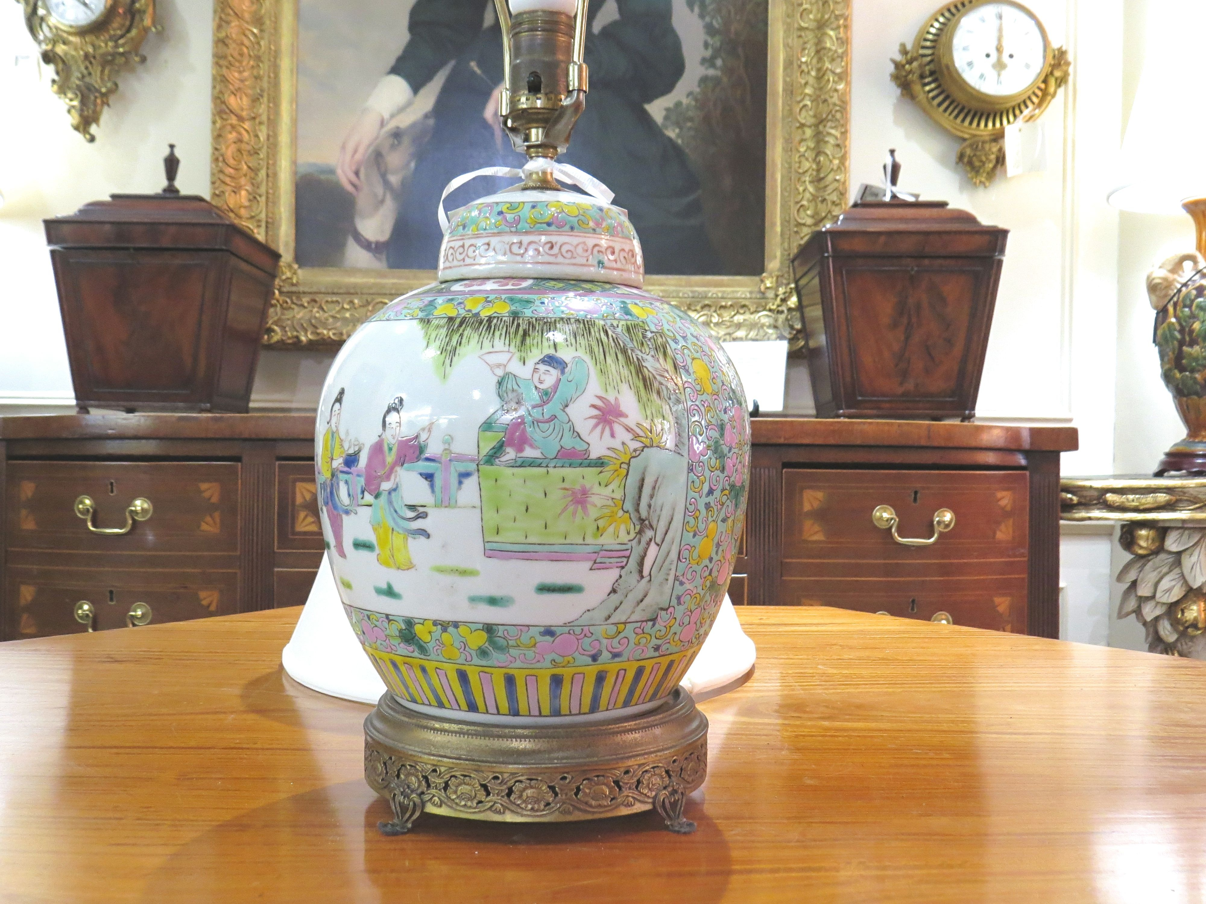 Chinese Porcelain Urn Lamp