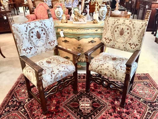 A Pair of Gold Gilt Italian Armchairs