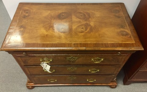 Queen Anne Style Oyster Walnut Chest